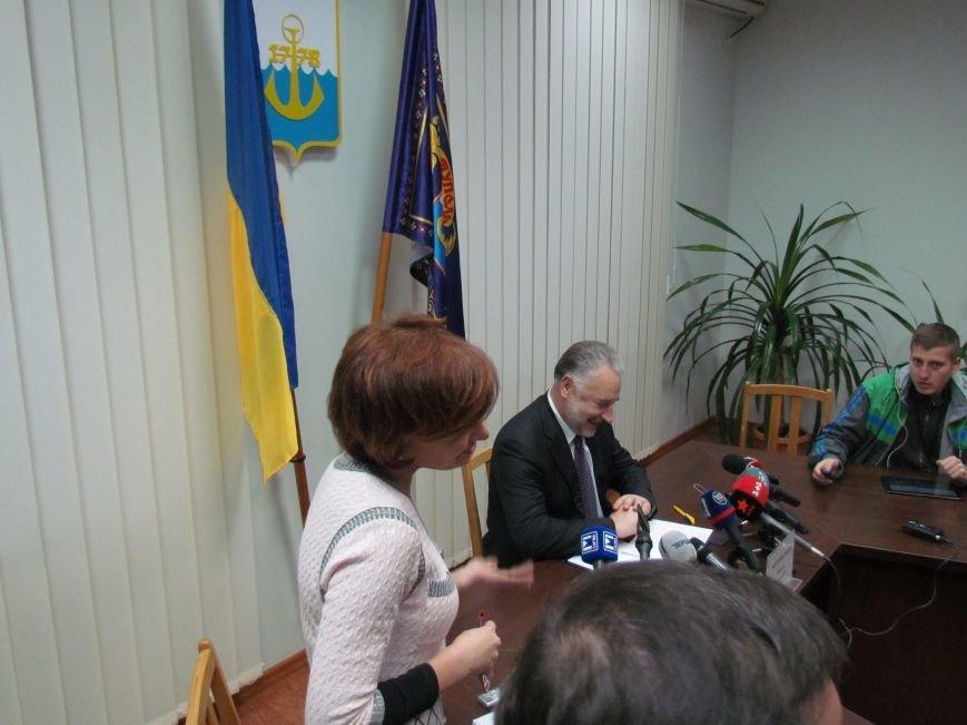 К счастью на выборах в Мариуполе сенсаций нет, - Жебривский (ФОТО), фото-1