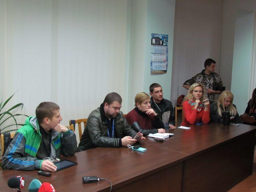 К счастью на выборах в Мариуполе сенсаций нет, - Жебривский (ФОТО), фото-3