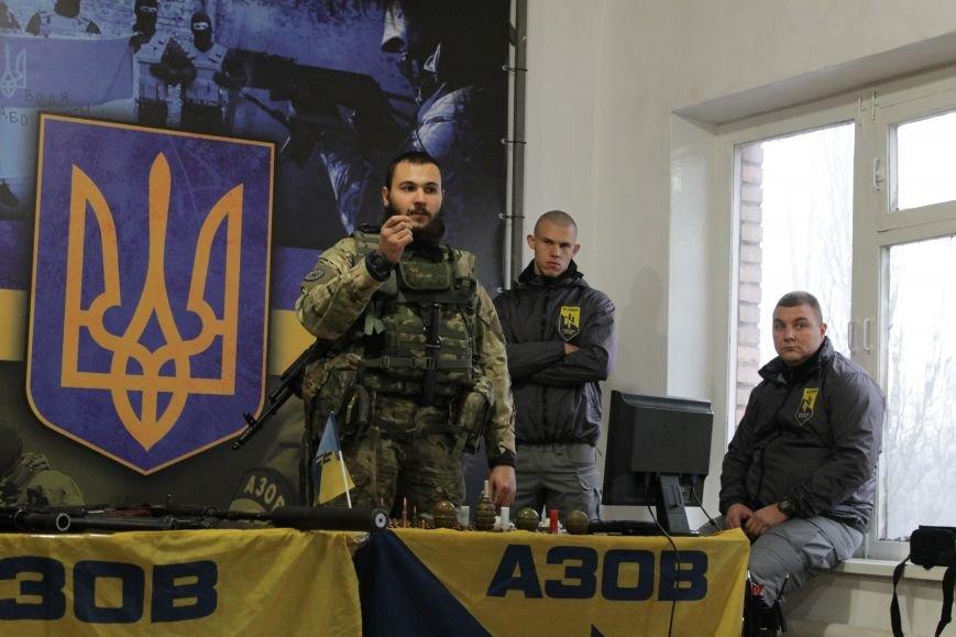 Добропольский ГК «Азов» провел первое занятие по навыкам обращения с оружием (ФОТО), фото-1