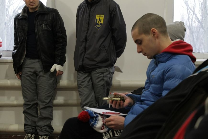 Добропольский ГК «Азов» провел первое занятие по навыкам обращения с оружием (ФОТО), фото-2