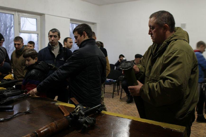 Добропольский ГК «Азов» провел первое занятие по навыкам обращения с оружием (ФОТО), фото-10
