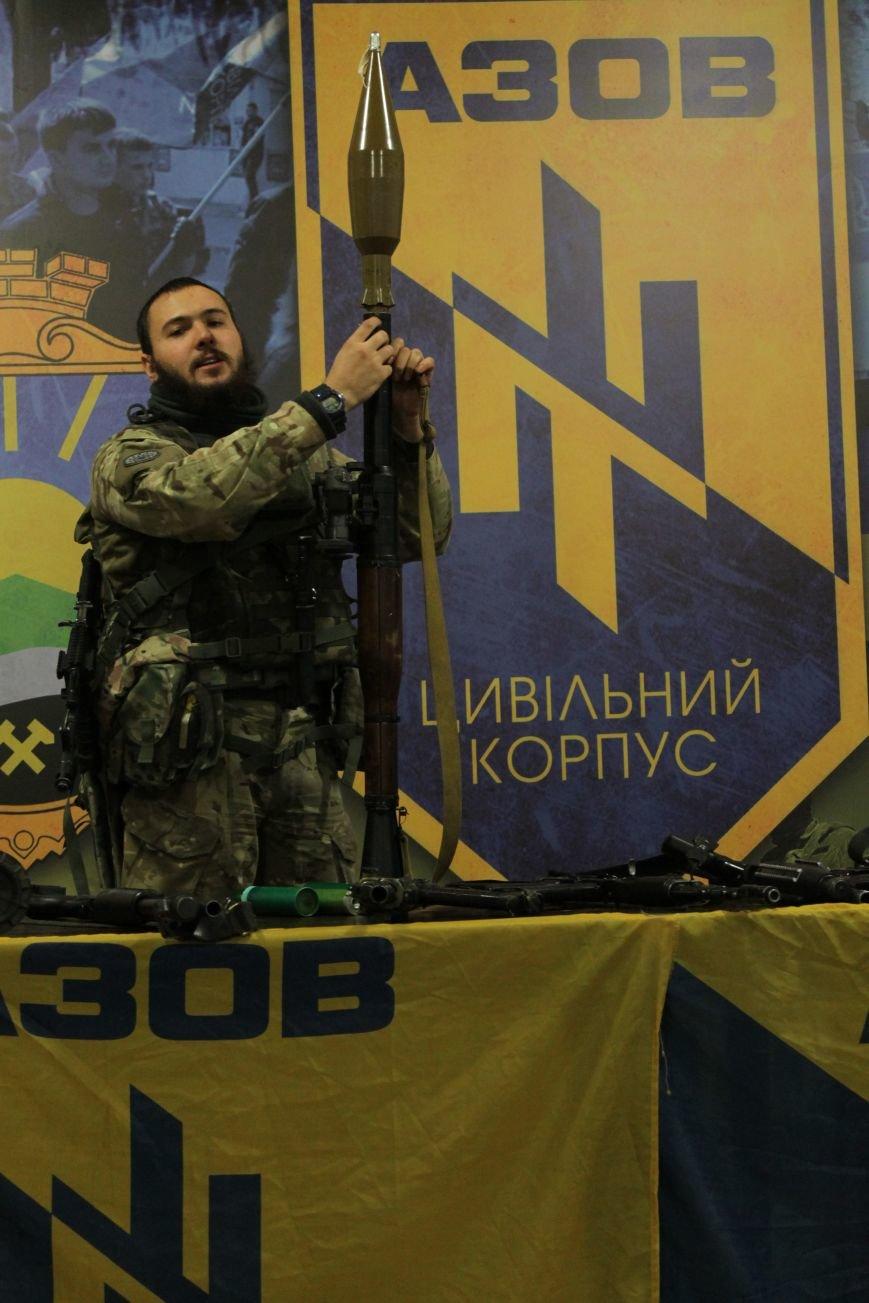 Добропольский ГК «Азов» провел первое занятие по навыкам обращения с оружием (ФОТО), фото-6