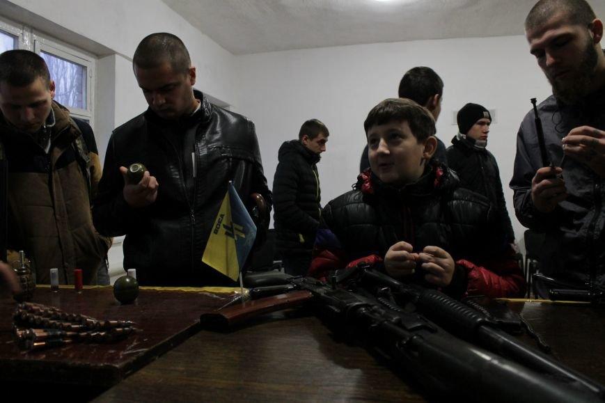 Добропольский ГК «Азов» провел первое занятие по навыкам обращения с оружием (ФОТО), фото-12