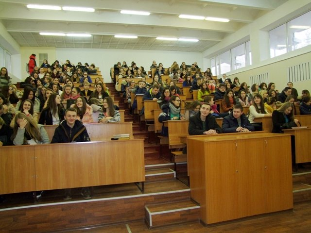 Студенти педуніверситету зустрілися   з представниками управління юстиції (фото) - фото 1