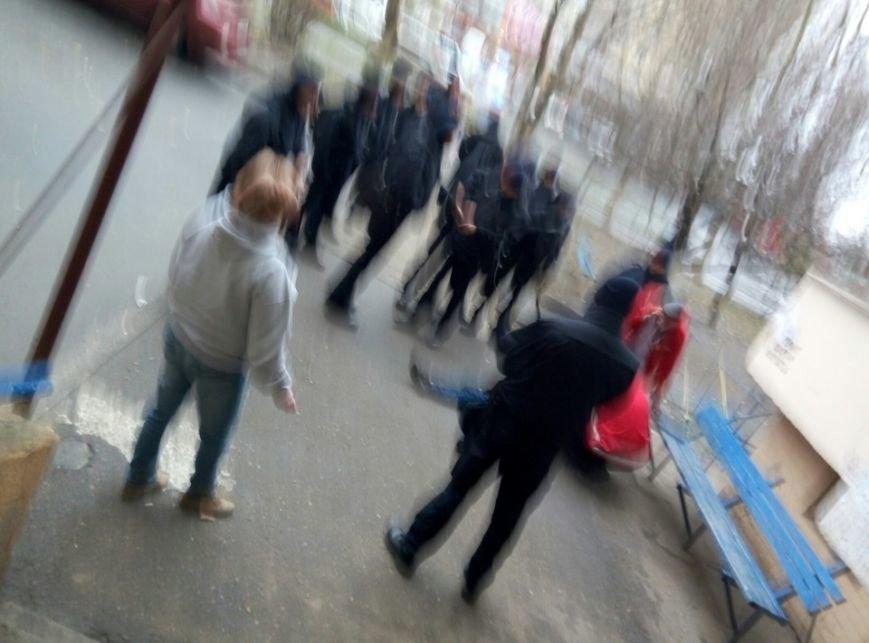 В Одессе из окна 16-этажки выпала девушка (ФОТО) (фото) - фото 1