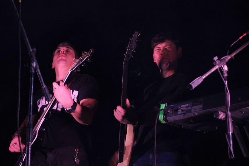 Рок-группа «7Б» отыграла в Симферополе концерт, несмотря на проблемы со светом (ФОТО, ВИДЕО), фото-3