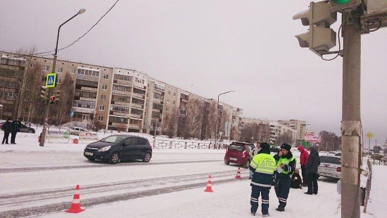 Госавтоинспекция Полевского дала разъяснения по ДТП с наездом на ребёнка (фото) - фото 1