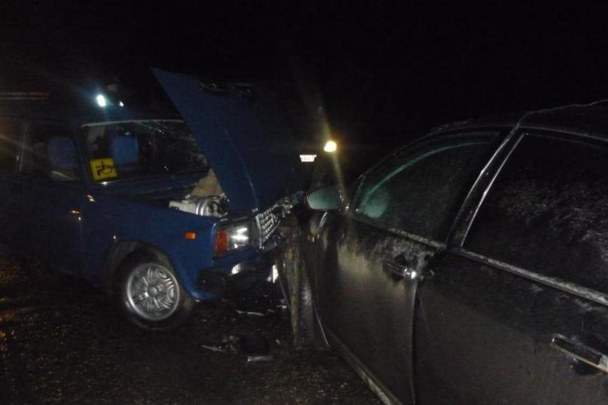 В Белгородском районе  пьяный водитель иномарки выехал на встречку и спровоцировал ДТП (фото) - фото 1