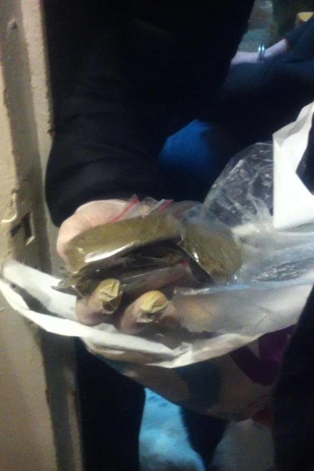 «По-срочняку кубыха и скоростная дорожка», - в Николаеве мажоры заказывают наркотики через интернет (ФОТО), фото-1