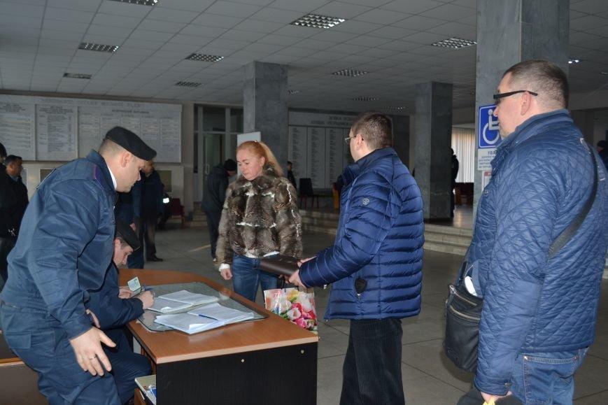 В Кривом Роге чиновники блокируют работу горизбиркома (ФОТО), фото-1