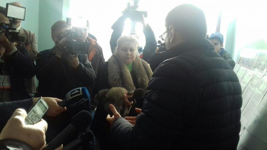 Ключи от кабинета горизбиркома Кривого Рога нашлись (ФОТО) (фото) - фото 1