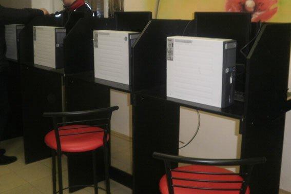 В Полтаві та області викрили підпільні казино (фото) - фото 4