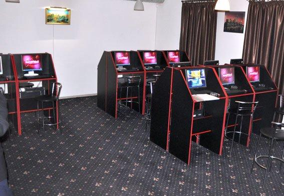 В Полтаві та області викрили підпільні казино (фото) - фото 2