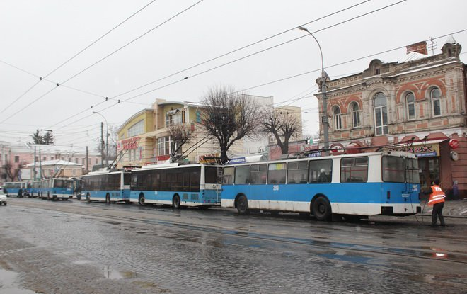stoyat_tramvai4