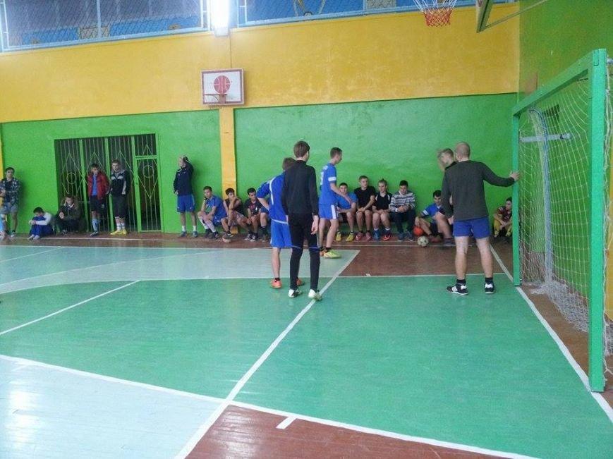 В Днепропетровске проходят бесплатные соревнования по мини-футболу для детей и молодёжи (ФОТО) (фото) - фото 3