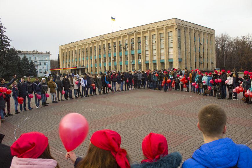 Студенты Днепродзержинска провели акцию «Молодежь против СПИДа», фото-2
