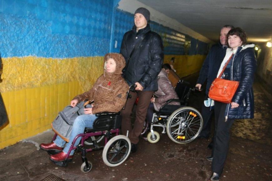 Новоизбранные депутаты почувствовали себя инвалидами, фото-6