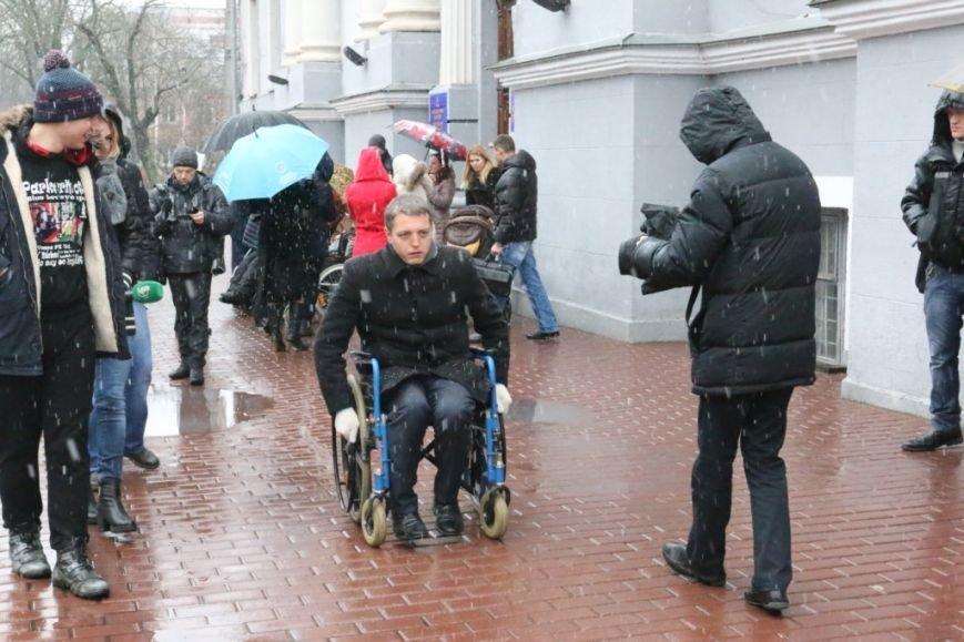 Новоизбранные депутаты почувствовали себя инвалидами, фото-1