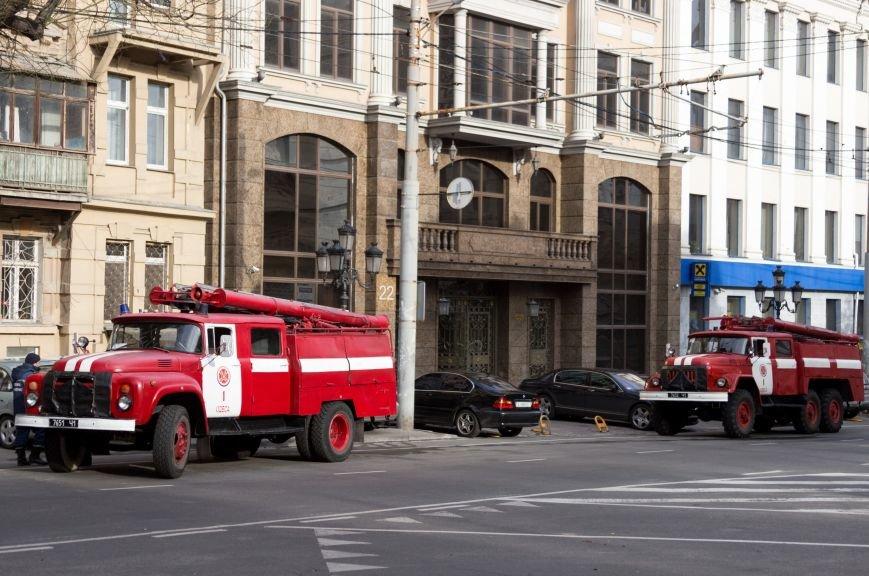 ac68fe9e473563b318521d1c3abac690 Из-за сбоев в электропитании в одесской комуналке произошел пожар