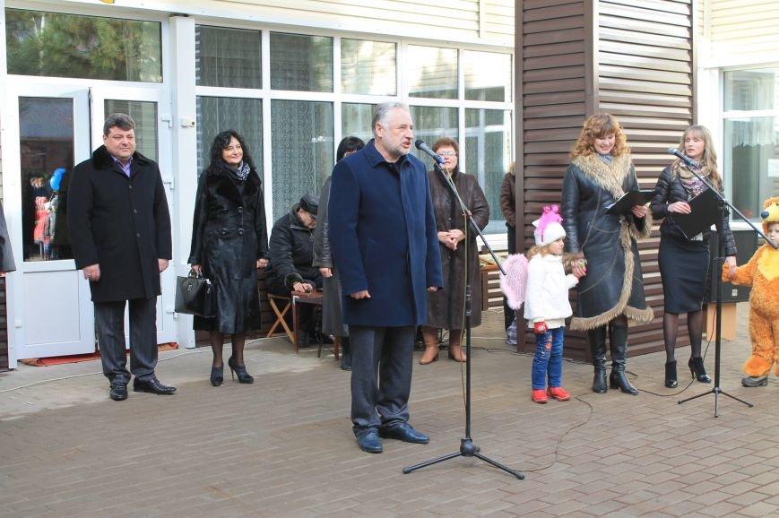 Рабочая поездка губернатора в Артемовск-Бахмут началась с посещения детских садов, фото-1