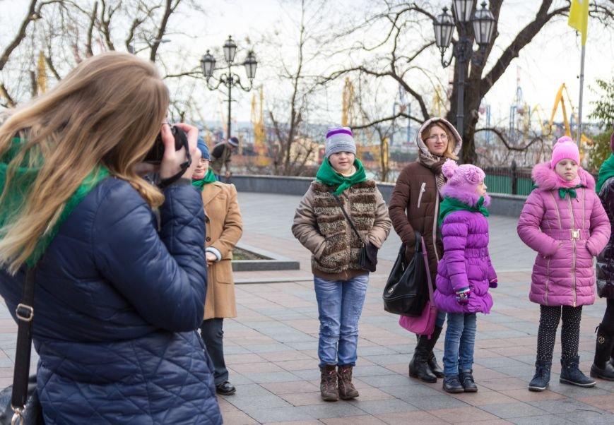 e59f78a79bd9ad422a306e043ecd88c1 В Одессе студенты-медики провели мирный митинг у мэрии в преддверии Международного дня инвалидов