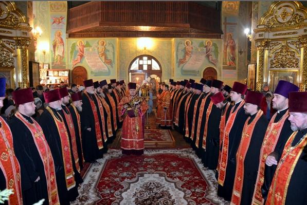 В канун праздника священномученика Порфирия в Кривой Рога прибыла великая христианская святыня (ФОТО) (фото) - фото 1