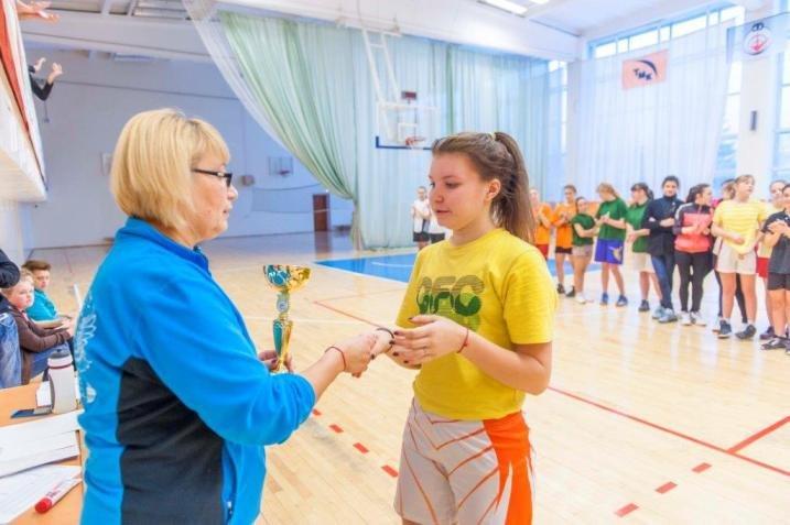 В Полевском прошло первенство города по баскетболу среди школьников (фото) (фото) - фото 1