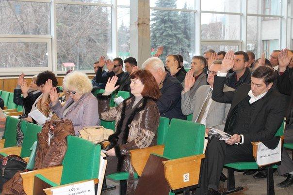 Регламент и замы за 15 минут - прошла сессия Славянского горсовета (фото) - фото 4