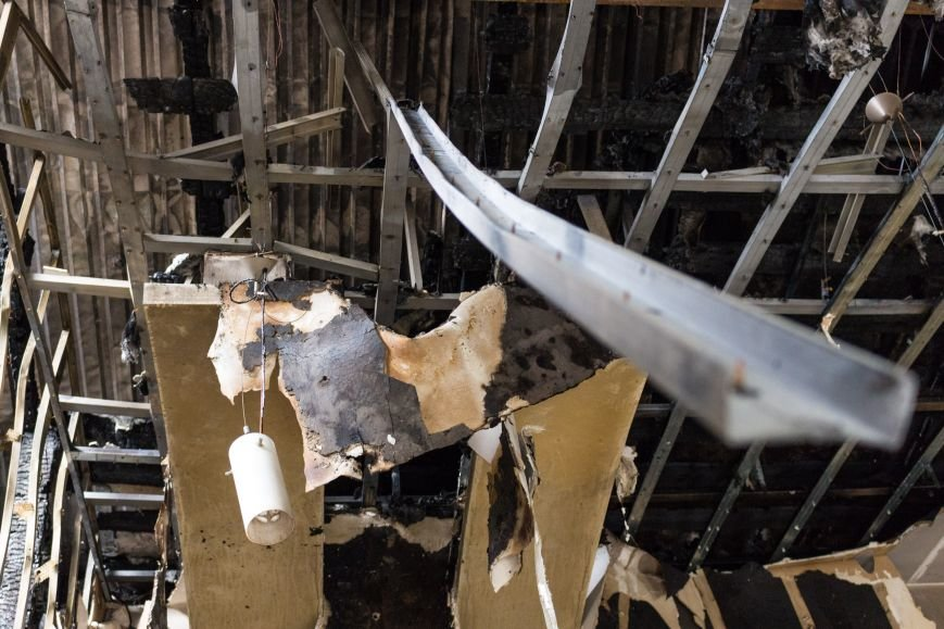 cc2d285095c3e992b6f5e3cd4cc6be1f Как выглядит сожженный волонтерский центр в Одессе
