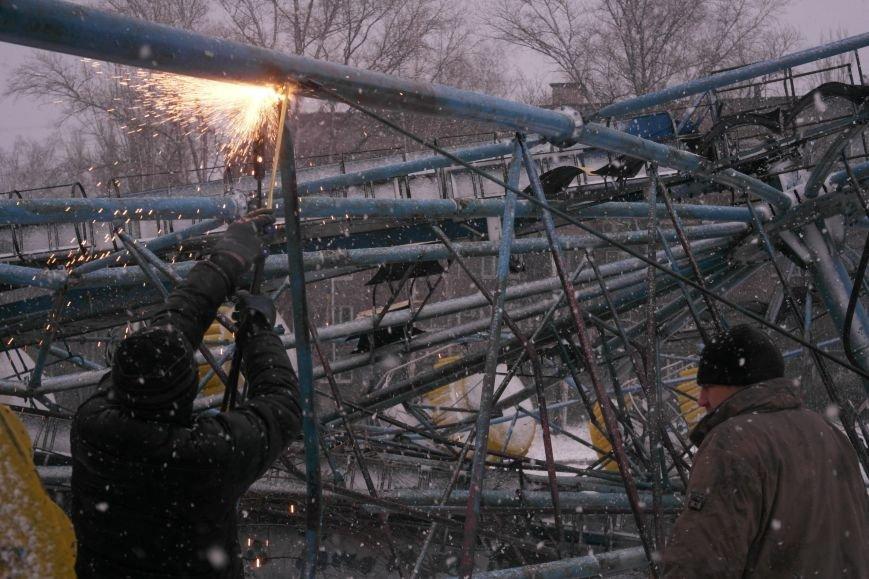 «Колесо обозрения» в Красноармейске пало (фото) - фото 9