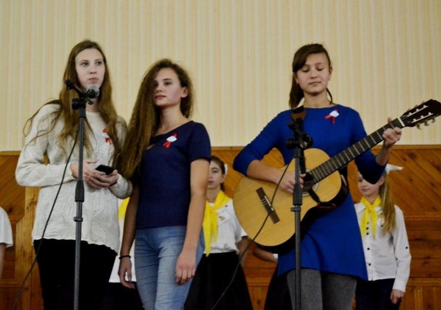 В Никополе состоялся городской этап Всеукраинского фестиваля-конкурса «Молодежь выбирает здоровье» (фото) - фото 1