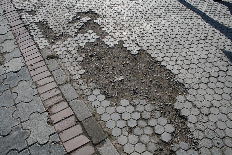 Чем провинилась тротуарная плитка?, фото-6
