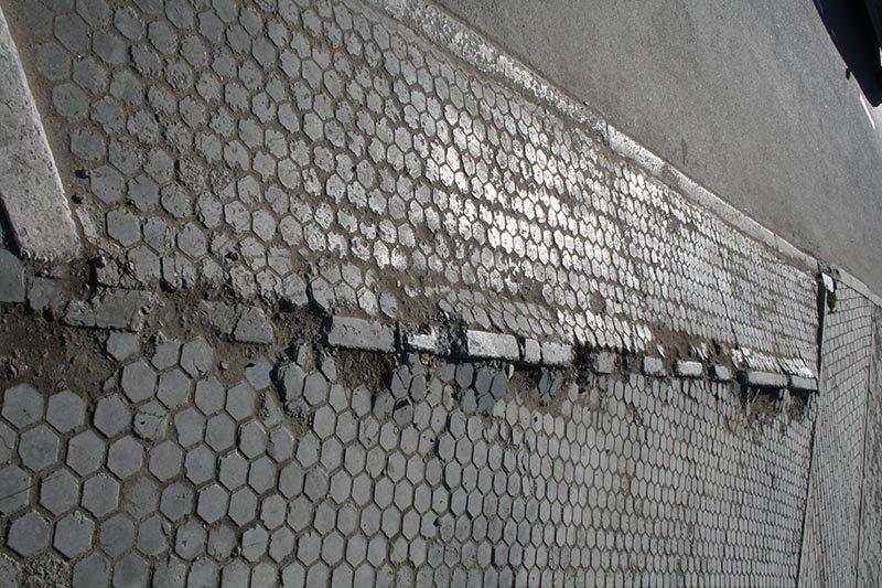 Чем провинилась тротуарная плитка?, фото-8