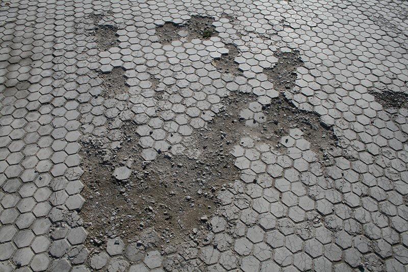 Чем провинилась тротуарная плитка?, фото-7