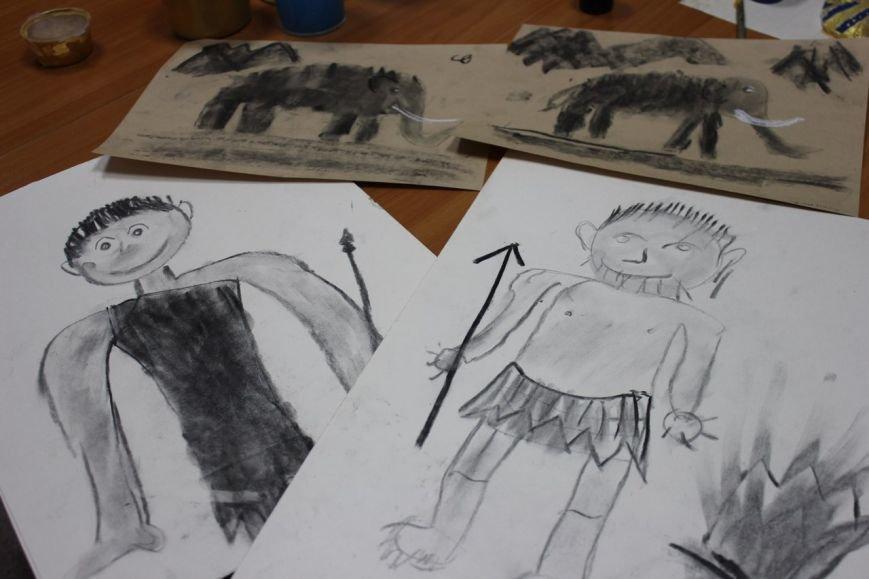 Сыктывкарских детей научили рисовать... историю (фото) - фото 2