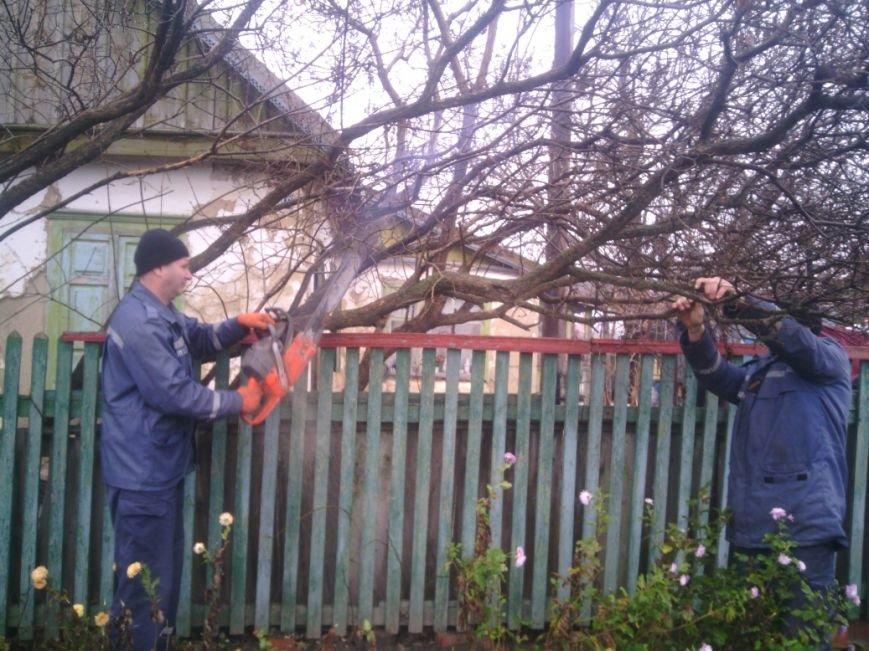 Спасатели Никополя помнят бывших коллег, фото-1