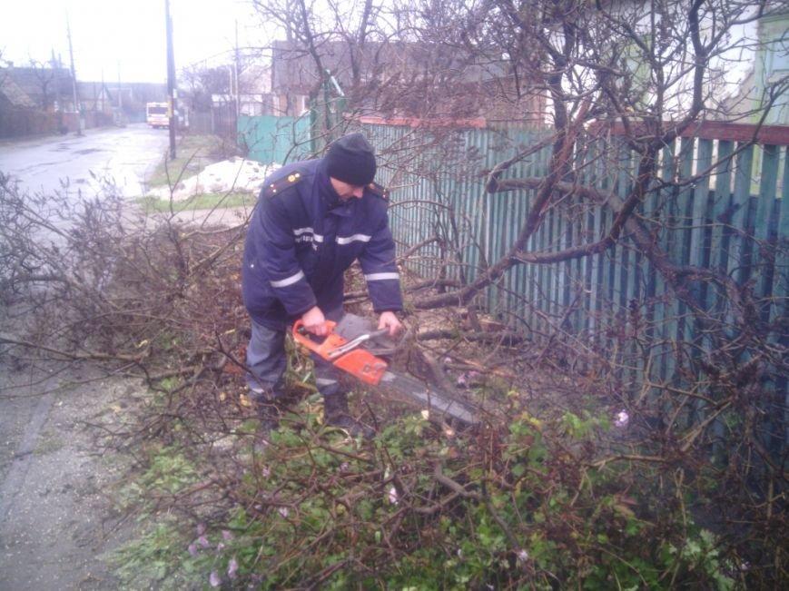 Спасатели Никополя помнят бывших коллег, фото-2
