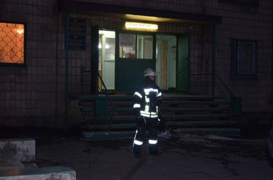 В Мариуполе спасатели тушили пожар в ПГТУ. Спасено 2 студента (ФОТО+ВИДЕО), фото-4