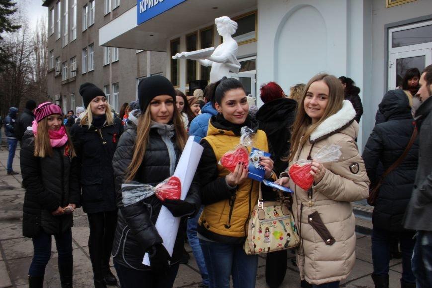 Студенты пединститута провели акцию «С открытым сердцем»  (ФОТО), фото-6