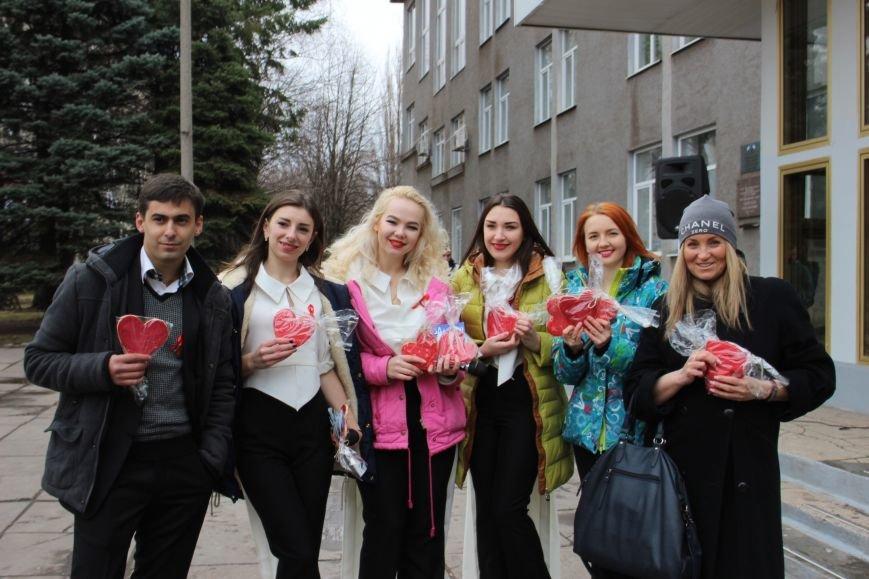 Студенты пединститута провели акцию «С открытым сердцем»  (ФОТО), фото-8