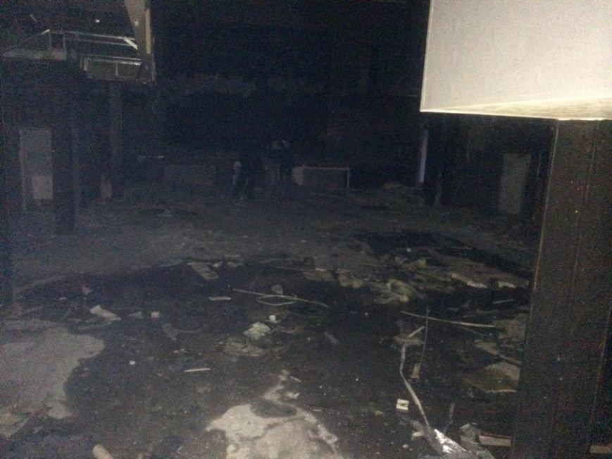 Клуб «YES» на Левобережье Мариуполя  разграбили подчистую (ФОТО, ВИДЕО), фото-7