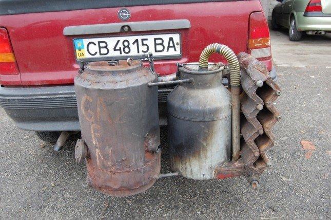 Житель Черниговской области переоборудовал Opel для работы на дровах, фото-2