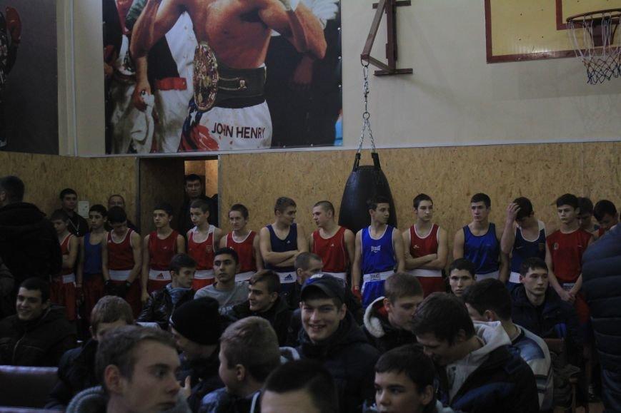В Днепродзержинске состоялось открытие всеукраинского турнира по боксу, фото-2