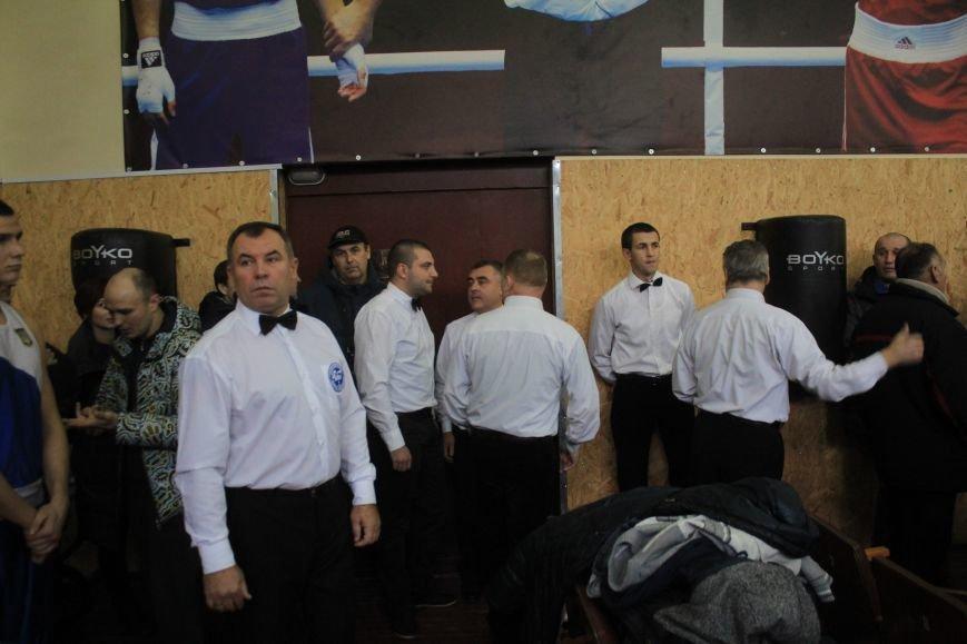 В Днепродзержинске состоялось открытие всеукраинского турнира по боксу, фото-1