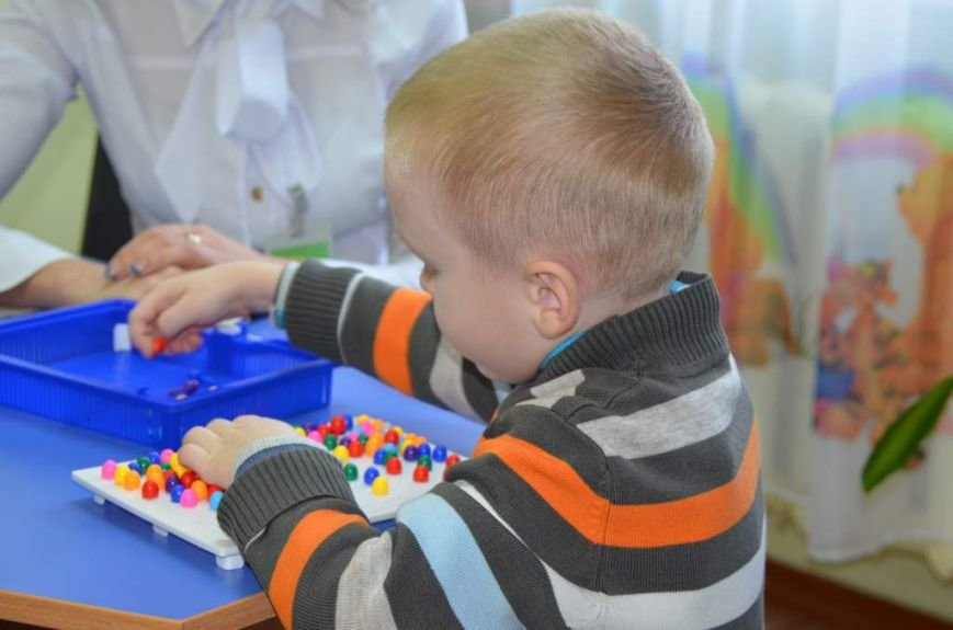 79 маленьких житомирян отримують послуги в міському центрі реабілітації дітей-інвалідів, фото-4