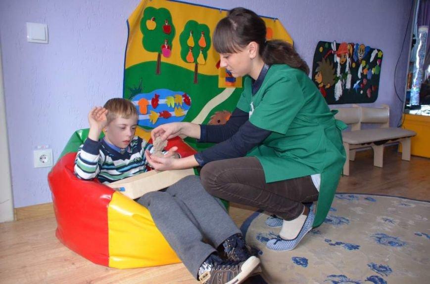 79 маленьких житомирян отримують послуги в міському центрі реабілітації дітей-інвалідів, фото-7