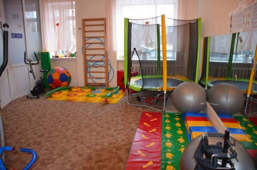 79 маленьких житомирян отримують послуги в міському центрі реабілітації дітей-інвалідів, фото-6