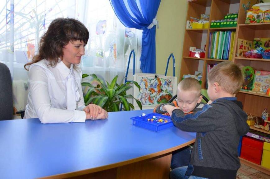 79 маленьких житомирян отримують послуги в міському центрі реабілітації дітей-інвалідів, фото-3