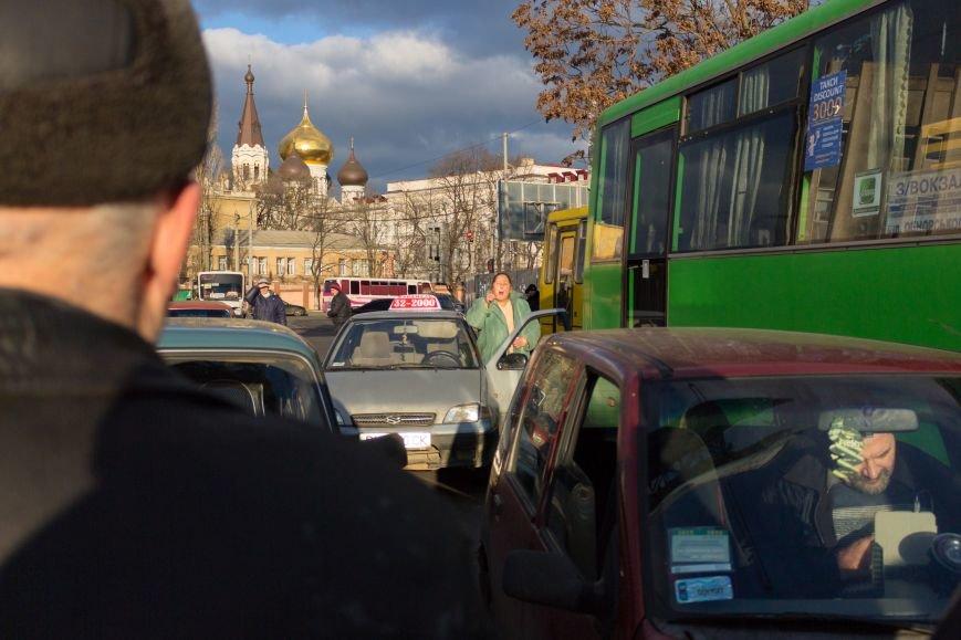 В Одессе около Привоза торговцы заблокировали две дороги, парализовав движение по всему центру (ФОТО, ВИДЕО), фото-6