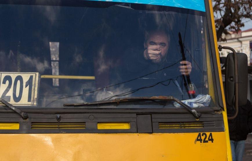В Одессе около Привоза торговцы заблокировали две дороги, парализовав движение по всему центру (ФОТО, ВИДЕО), фото-3
